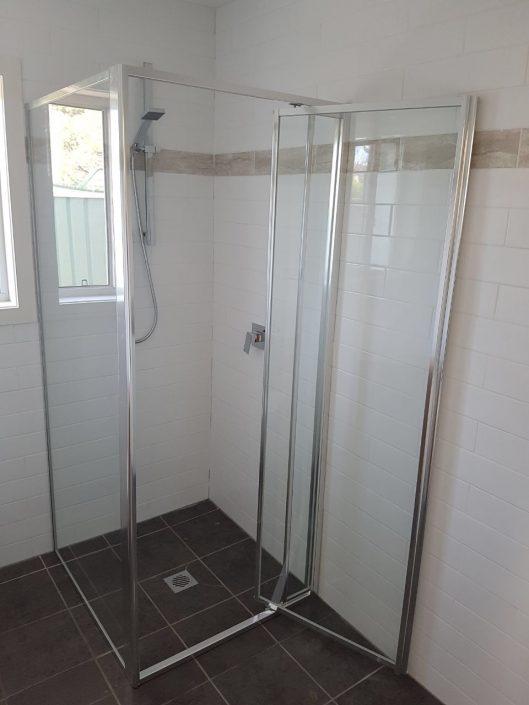Fully Framed Shower