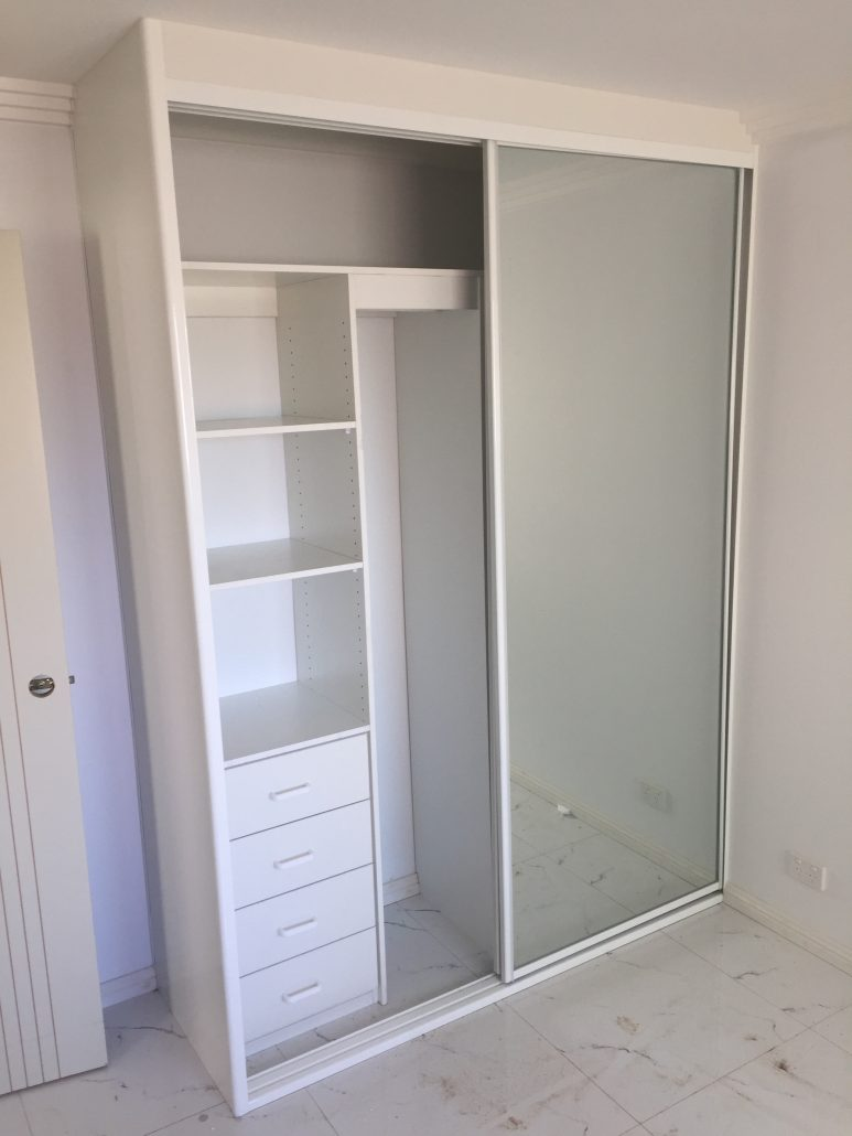 Top Built-in Wardrobes | Walk-in Wardrobe | Wardrobes Sydney | Free Quotes IA17